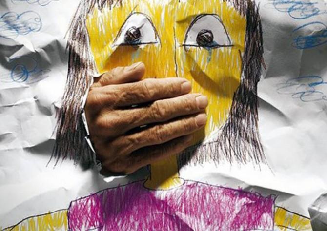 LEGISLAÇÃO - Sanção da lei que torna crime hediondo exploração sexual de crianças