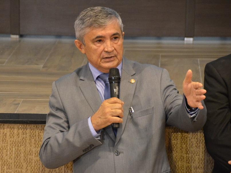 Procurador-geral em exercício: Dr. Francisco das Chagas Barros de Sousa