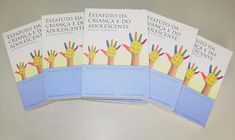 ECA - Envio de livros para as Promotorias da Criança e do Adolescente