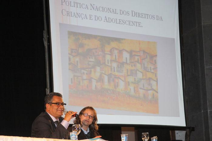 DIREITOS - Plano Decenal dos Direitos da Criança e do Adolescente é apresentado a municípios