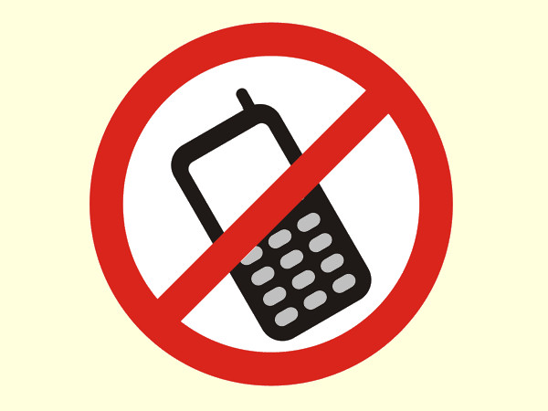 LEGISLA��O - Lei pro�be a utiliza��o de celulares em salas de aula no Paran�