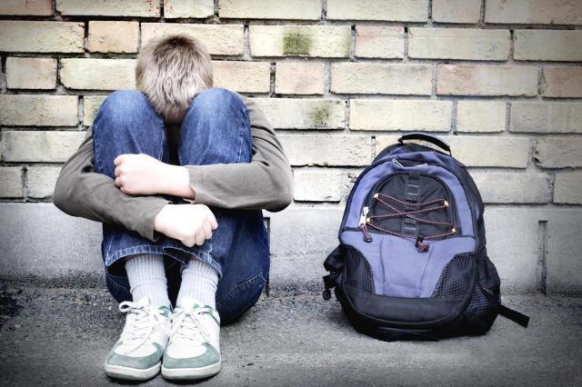 BULLYING - Veja como agir se seu filho sofre ou pratica bullying