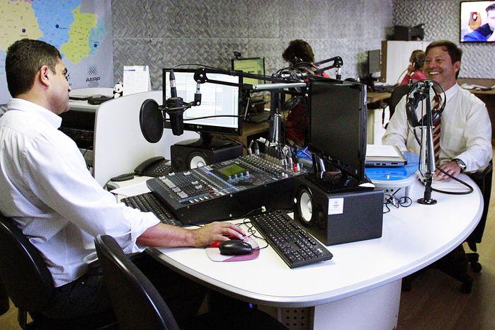 BULLYING - Programa de rádio